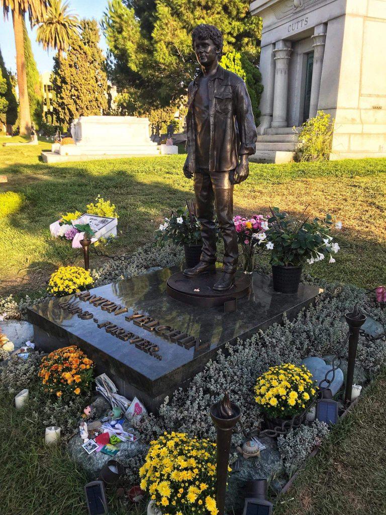 Anton Yelchin grave