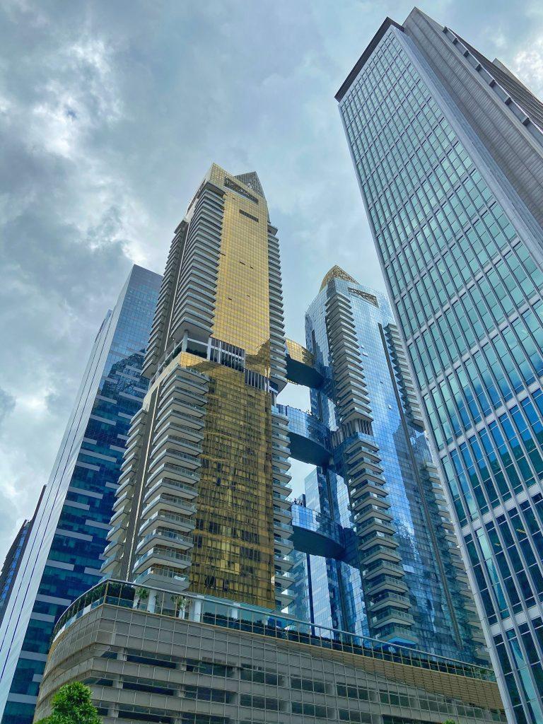 wieżowiec przesiadka w Singapurze