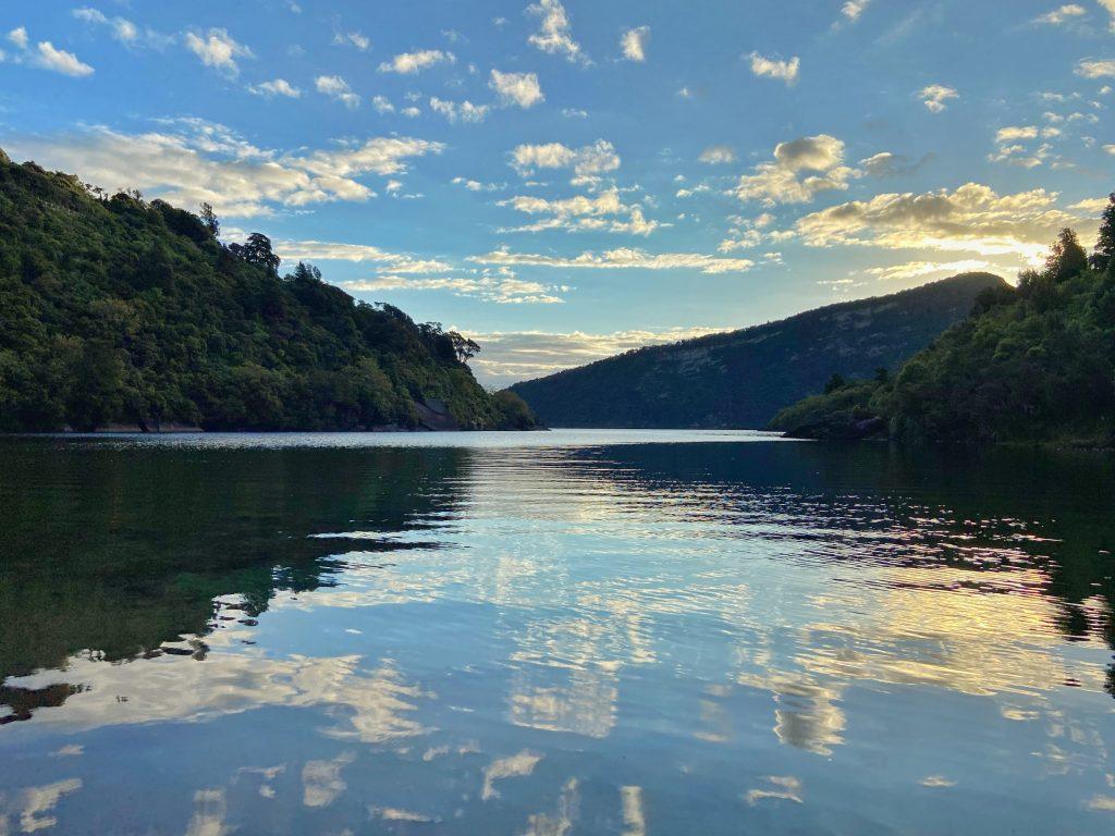 Rosie Bay Campsite Te Urewera Jezioro Waikaremoana Lake Waikaremoana